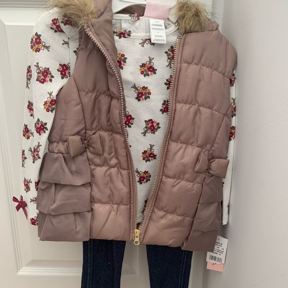 NWT Toddler 5T outfit